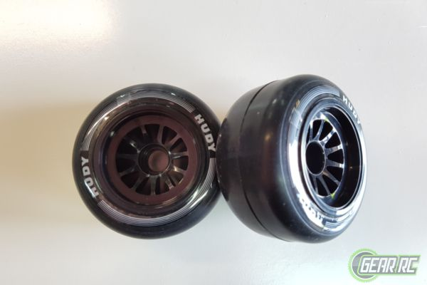 HUDY 1/10 FORMULA RUBBER TIRE - FRONT (2)
