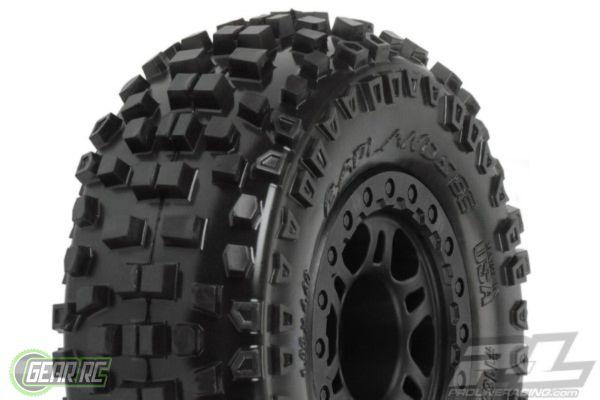 Badlands SC 2.2/3.0 M2 (Medium) Tires Mounted on Split Six B