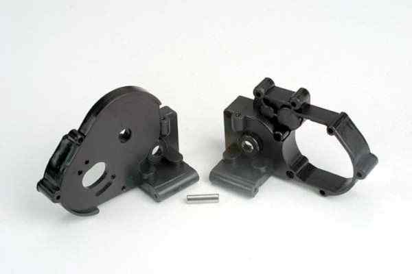 Gearbox halves (l&r) (black) w/ idler gear shaft