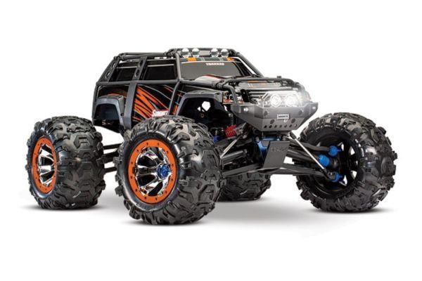 Traxxas Summit 4 wiel aangedreven monster oranje v2 met  Bluetooth optie zonder accu en lader