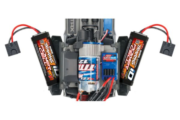 Traxxas Slash 1/16, Brushed 2.4GHz Mike jenkins met accu en 12v lader