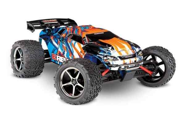 Traxxas E-Revo 1/16, Brushed TQ 2.4GHz orange 12v charger and accu